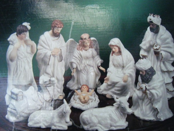 Vintage Porcelain Nativity Set Of 10 Figures With Wood Base