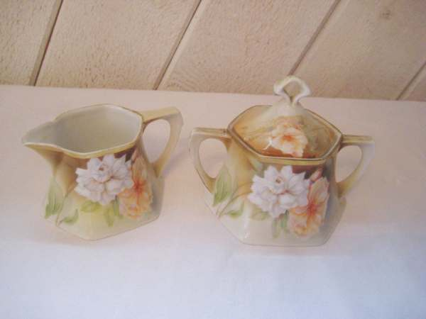 Antique Creamer And Sugar Set Vintage Rs Germany Peach Floral