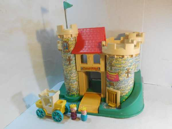 Vintage Fisher Little People Castle 993 With Mauve Queen