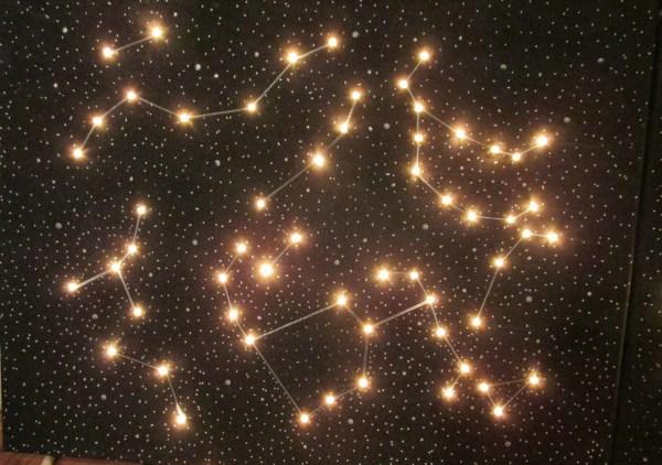 Constellation Canvas Light-Up Star