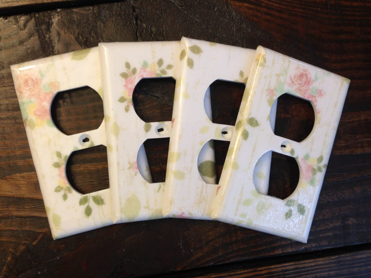 4 Decorative Light Switch And Wall Outlet Covers By