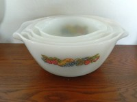 Vintage Fire King Set of 4 Mixing Bowls  Nesting Bowls ...
