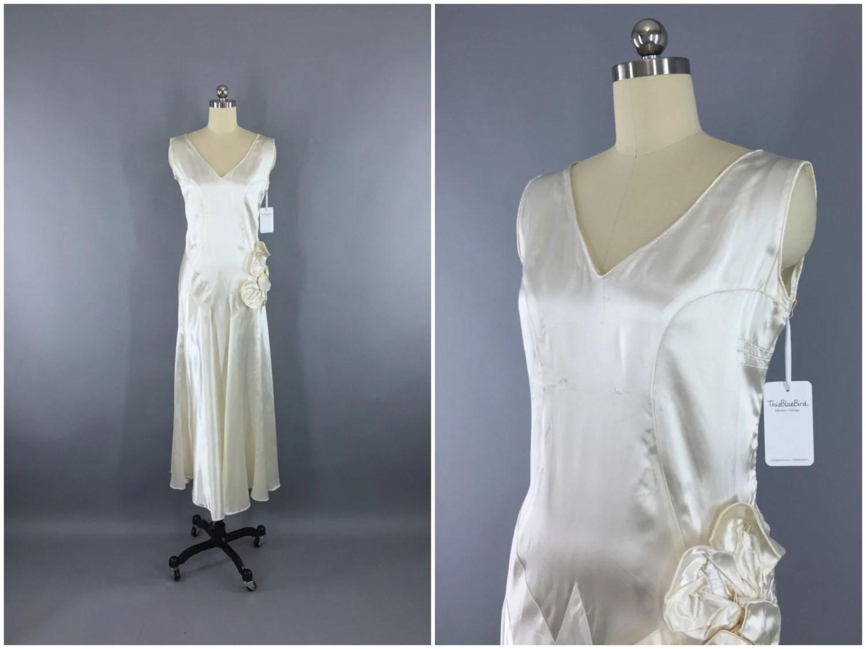 Vintage 1920s Wedding Dress / 20s Bias Cut Dress / 1930s Art