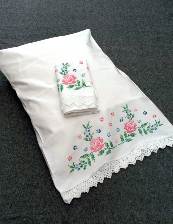 Vintage Roses Pillowcases Hand Embroidered Pillow Cases