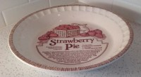 Royal China Jeanette Strawberry Pie Plate