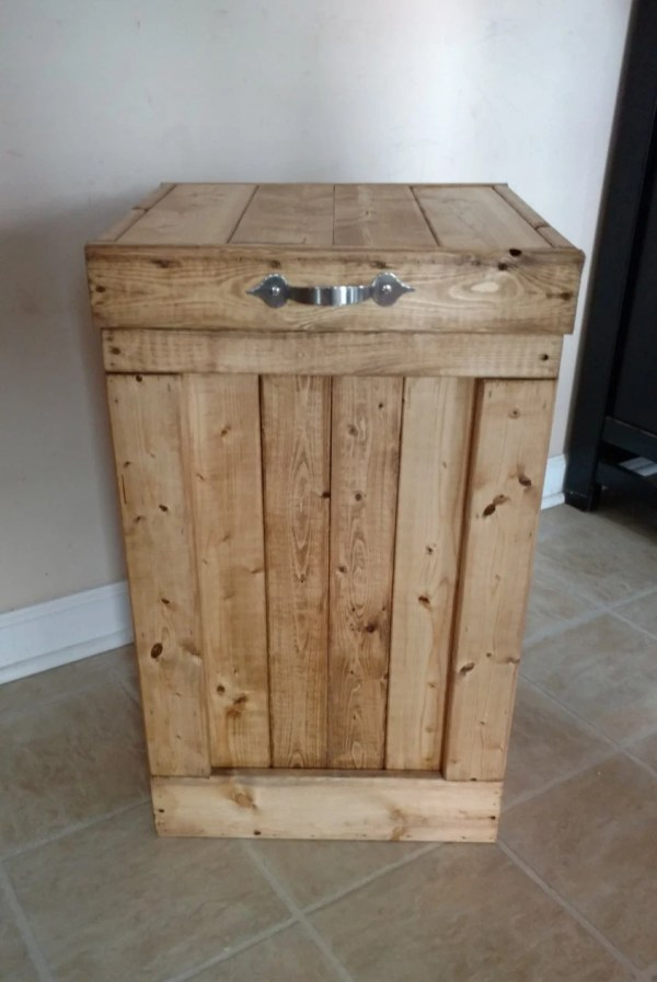Wood Pallet Trash Can Bin