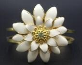 Cream Flower Hinged Brace...