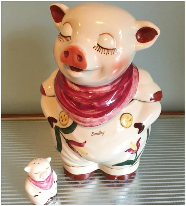 Vintage Shawnee Smiley Pig Cookie Jar With Tulips Trimmed