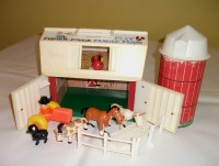 Vintage Fisher Price Barn Silo Farm Little People Animals