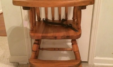 Antique White Wooden High Chair Use Wood