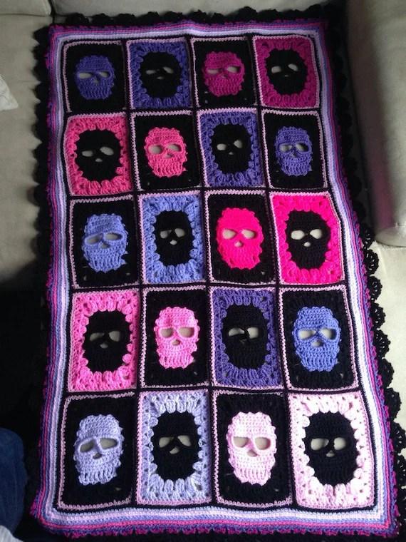 Crochet skull blanket skull afghan skull by DollyDaydreamCrochet