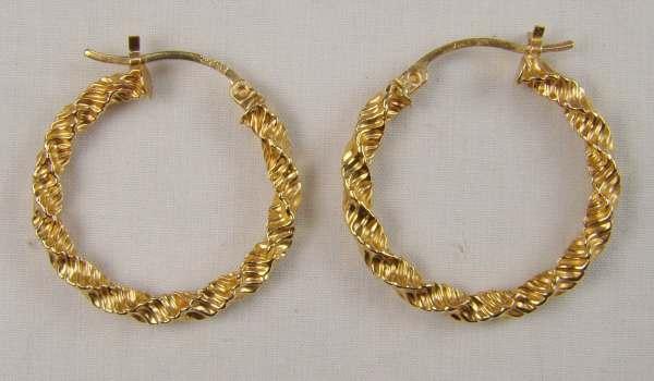 Fun 10k Gold Hoop Earrings Signed Jjt