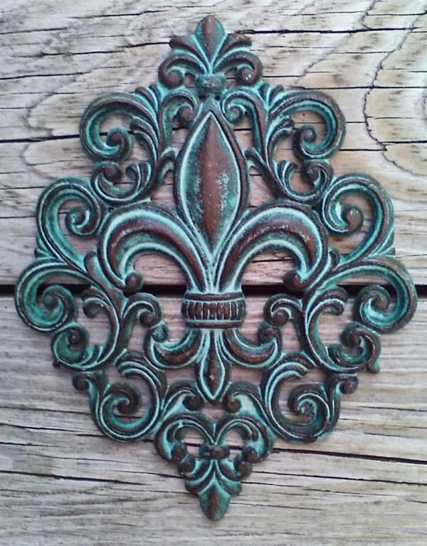 Cast Iron Fleur De Lis Wall Plaque Decor