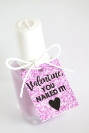 valentine's day tags -day nail
