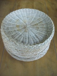 Lot of 14 Rattan Paper Plate Holders