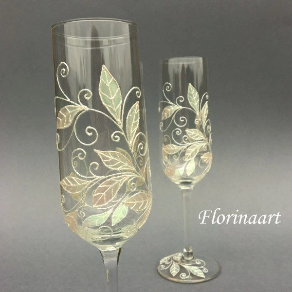 Wedding Flutes.champagne Toasting Glasses Pearl