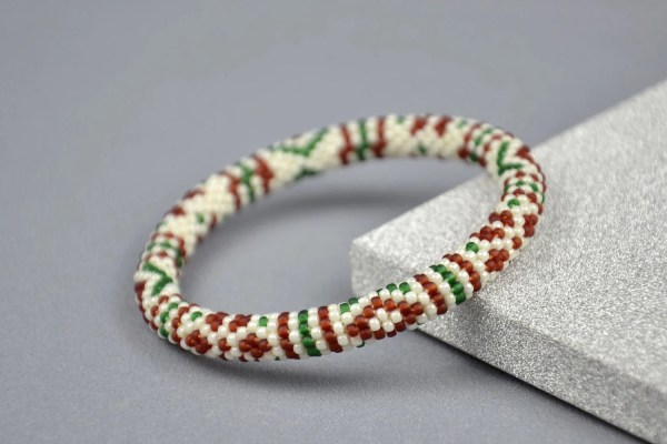 Christmas gift ideas Christmas beaded stretch bracelet for