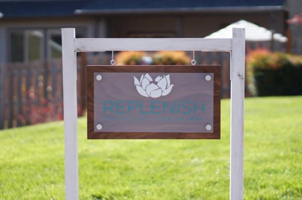 custom outdoor business sign
