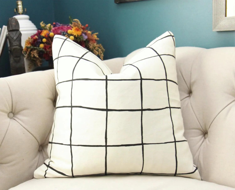 Pillow Kelly Wearstler Pillows