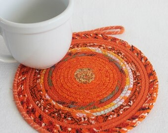 Upcycled Recycled Fabric Baskets And Mats By PrairieThreads