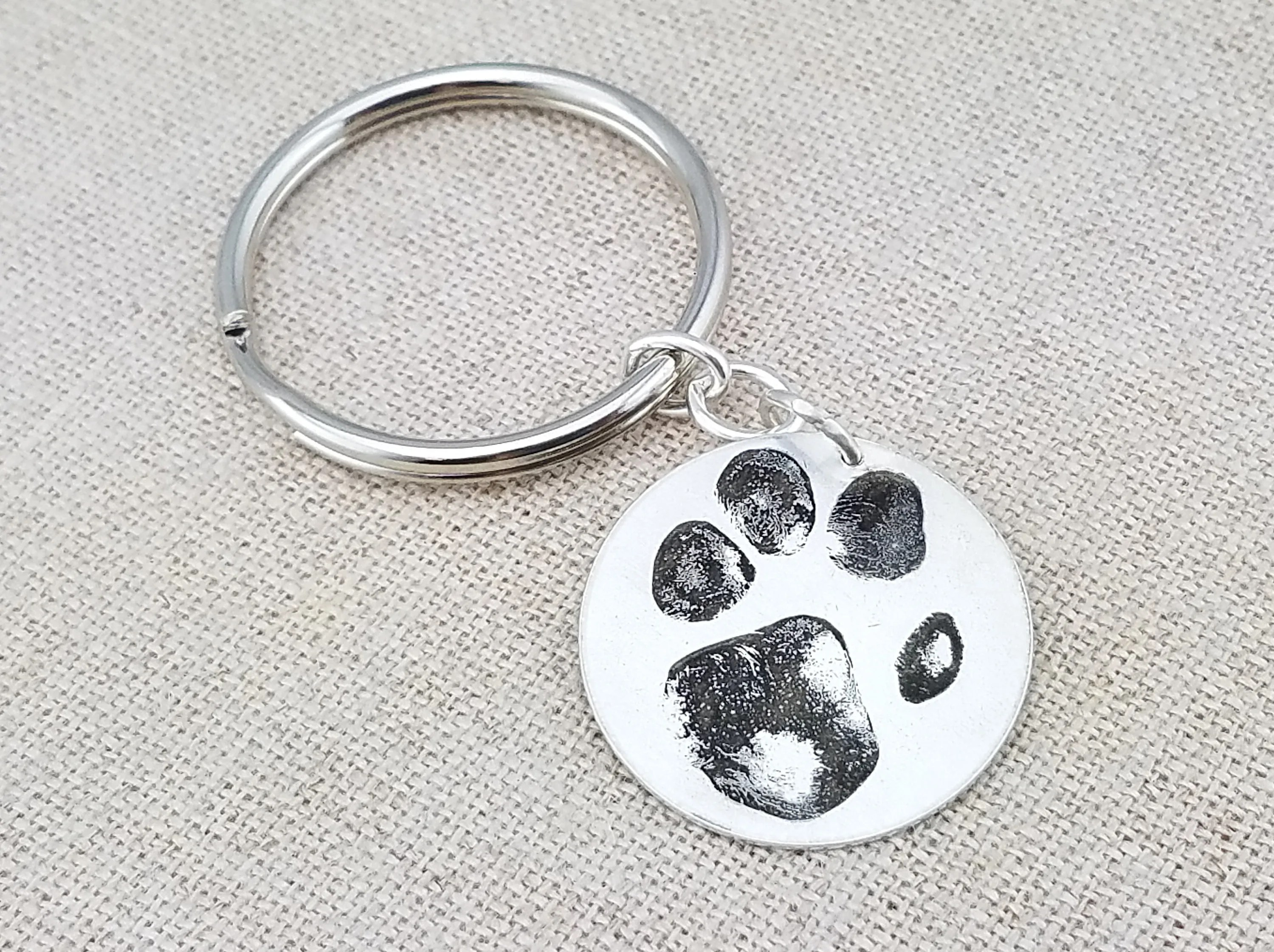 Mens Personalized T Dog Paw Print Keychain Sterling