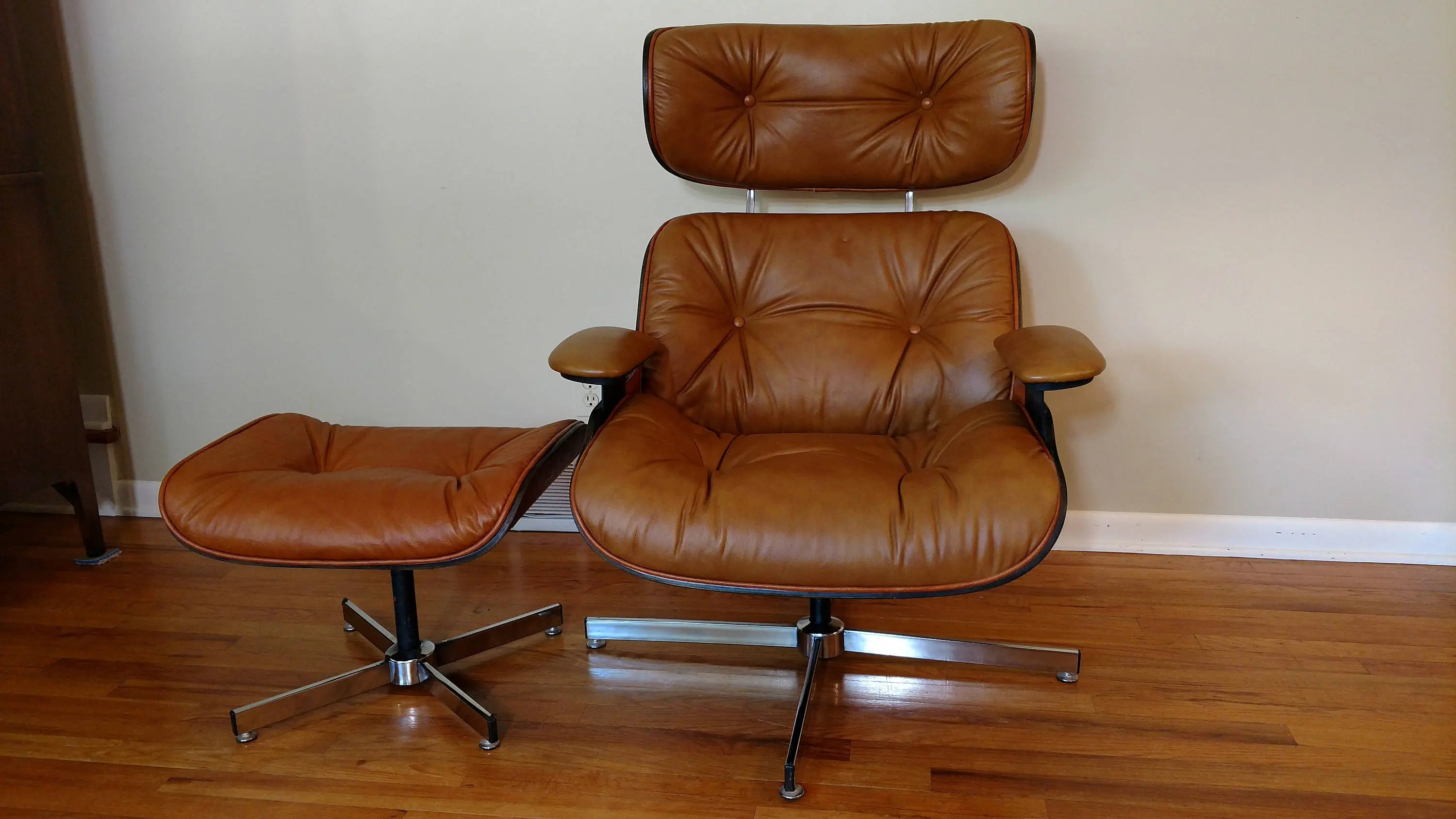 Selig Lounge Chair Mid Century Selig Caramel Lounge Chair And Ottoman