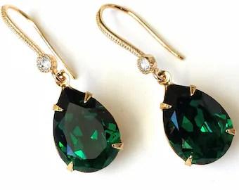 Gold emerald earring