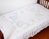 Vintage tape lace bed cov...