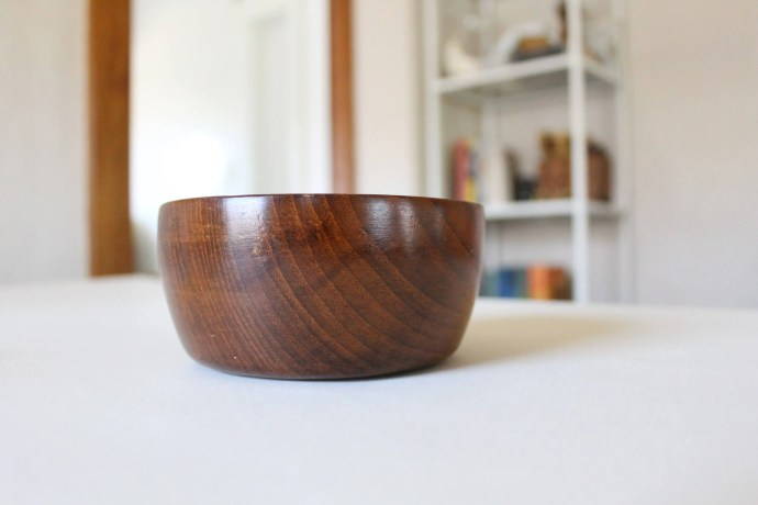 Small Teak Wood Bowl / Vi...