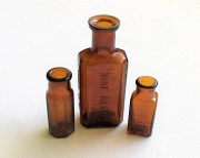 vintage hair dye bottle. inecto
