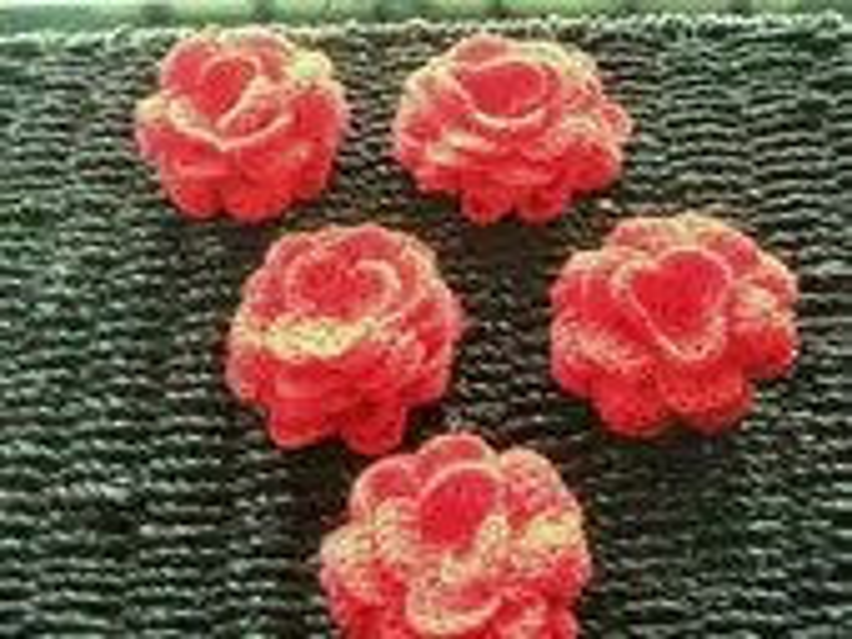 5 Red Crochet Roses