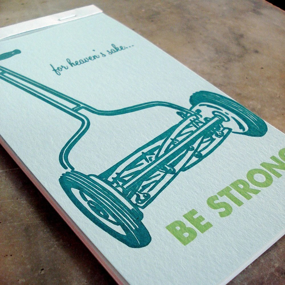 BE STRONG handYbook --  a blank reporter-style notebook