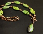 Sweet Bay in the Wind, Necklace chrysoprase copper and wirewrapped pendant with chain, front toggle copper
