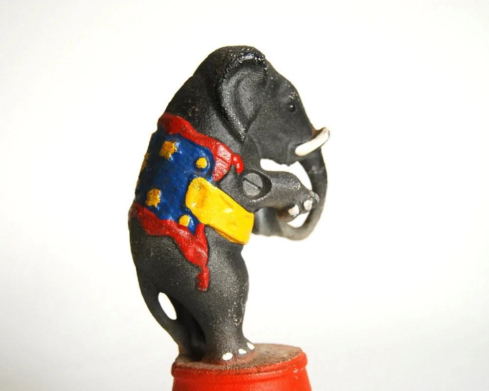 Vintage Bank Cast Iron Williams Circus Elephant Bank Reproduction / Etsy Black Friday, Etsy Cyber Monday