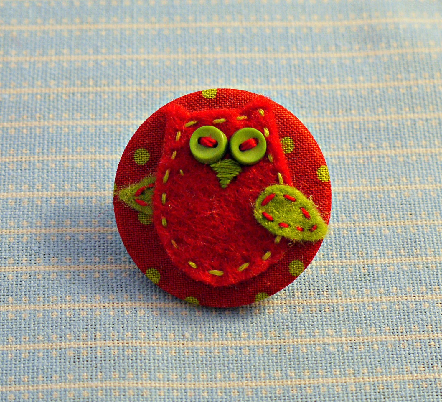 Hand made red and green felt and fabric owl brooch