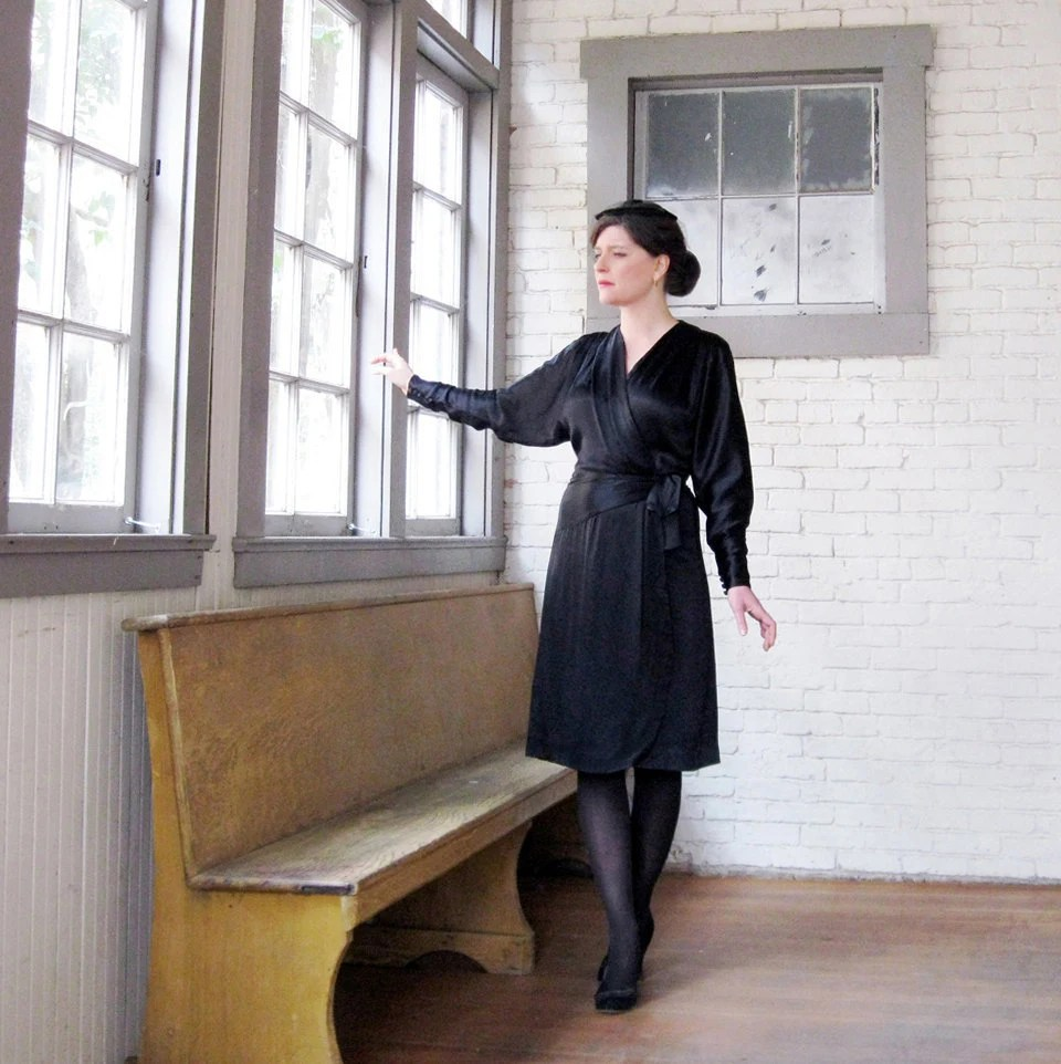 1930s 40s dress  Black Satin Wrap dress Lovely Fanya 40s 30s dress  size M