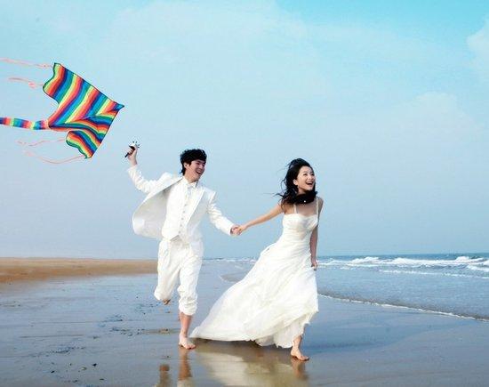 在海邊拍婚紗照的注意事項_大申網_騰訊網