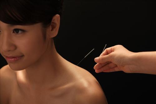 想學習針灸技術嗎?一位民間中醫談學習針灸的體會,希望對你有用 - 愛經驗