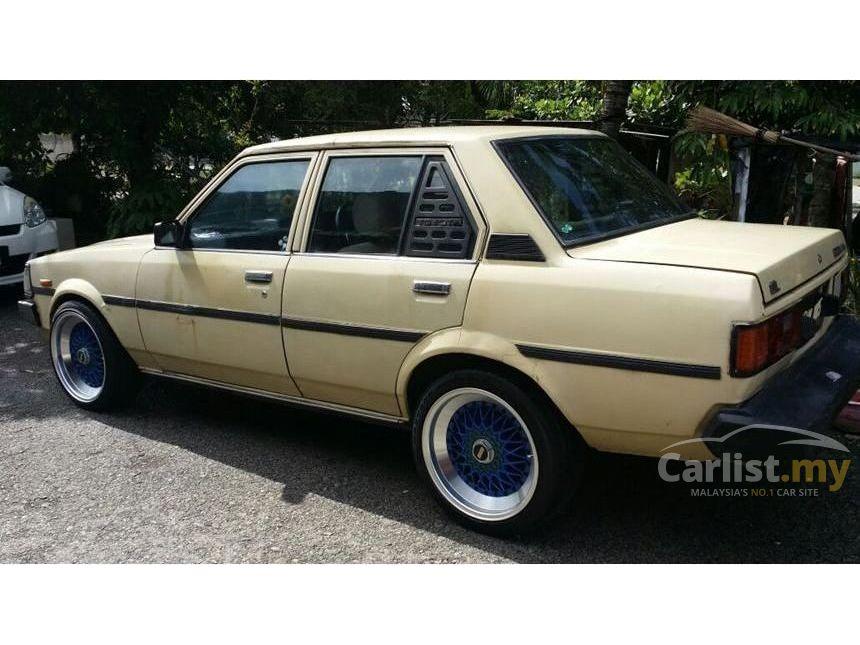 Toyota Corolla 1984 LE 13 in Johor Manual Sedan Yellow