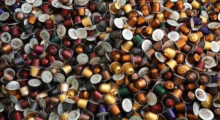 https://i0.wp.com/img1.lesnumeriques.com/news/33/33630/Nespresso_capsules.jpg