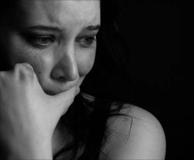 Картинки по запросу плачущая девушка фото