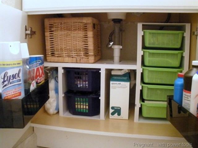 Супер идеи, как устроить место для хранения вещей под мойкой