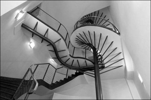 45 спиральных лестниц 5