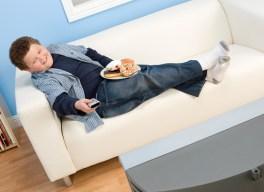 Телевізор у дитячій загрожує ожирінням вашому малюку - 89135247 5fe12876bf340376af72a1923642e910