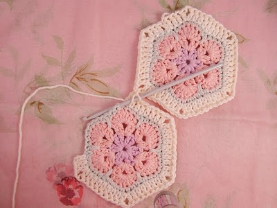 Flower crochet piece AFRICAN FLOWER for knitting toys (15) (400x300, 76Kb)