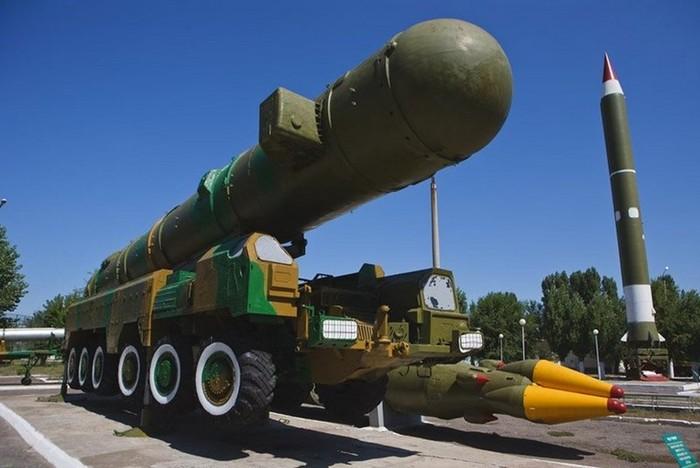 Топ 10 самых мощных и ужасных ракет на планете