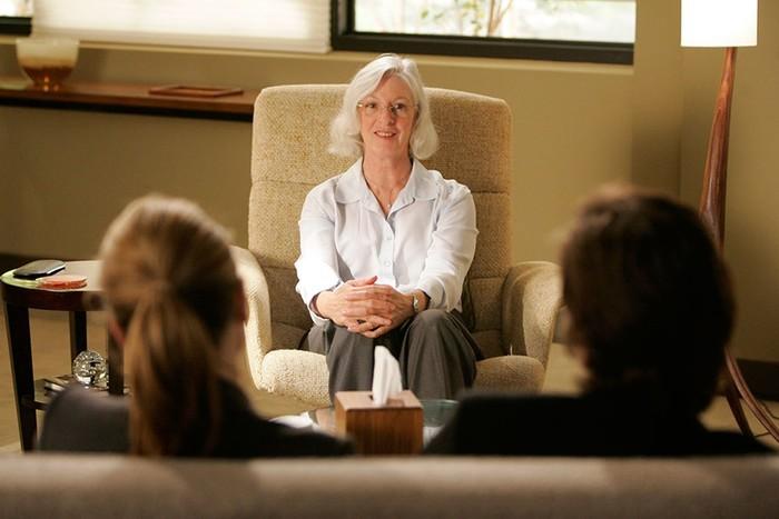 10 психологических сериалов, которые научат вас читать людей, как книги