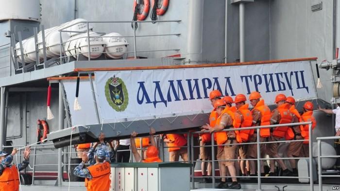 Когда Китай и Россия проводили военно морские учения возле Северной Кореи