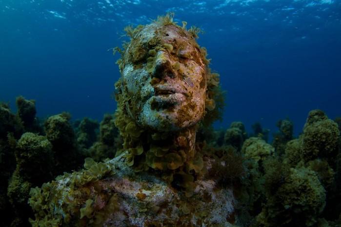 Несколько жутких находок на дне океанов и морей