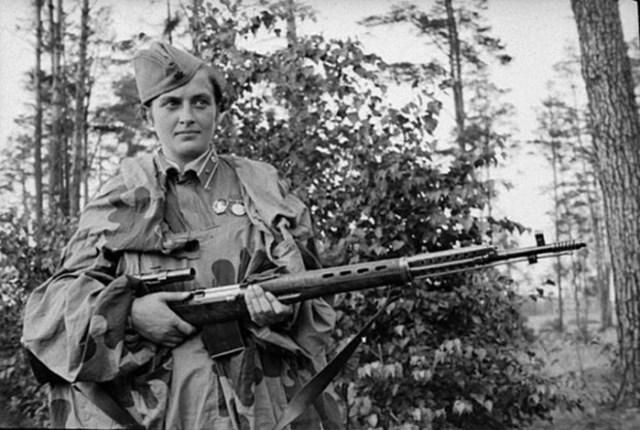 Людмила Павличенко: самая результативная женщина снайпер в истории